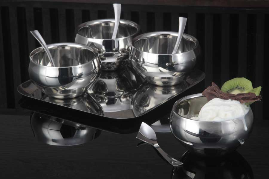 Round shape dessert serving set