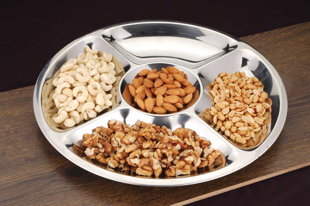 Snack serving tray with sections