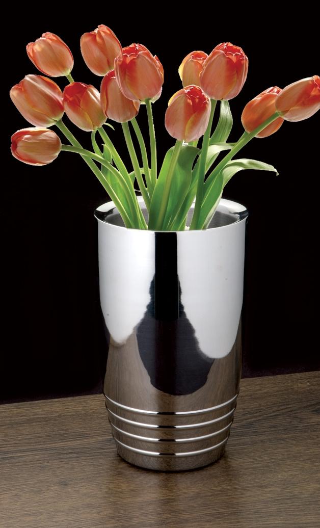 Straight flower vase