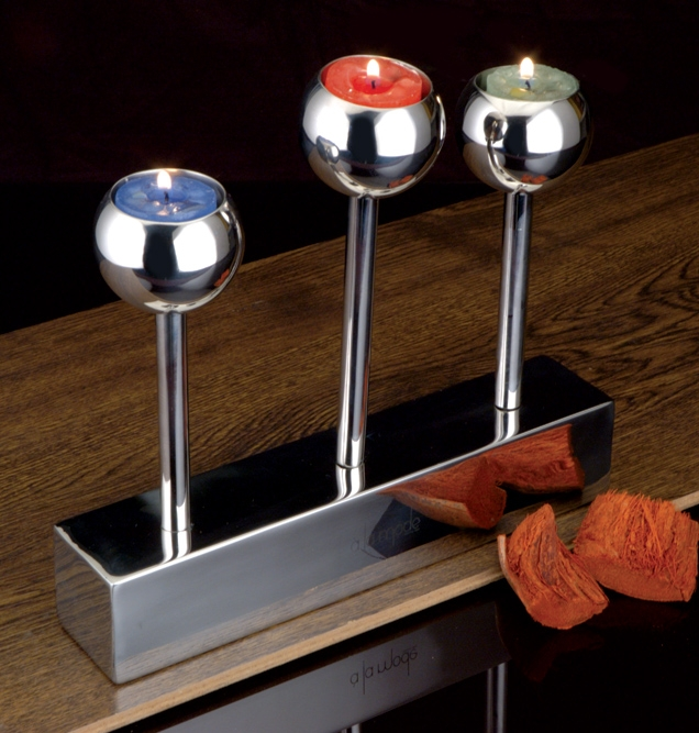 Trophy tealight candle holder 3 pillar