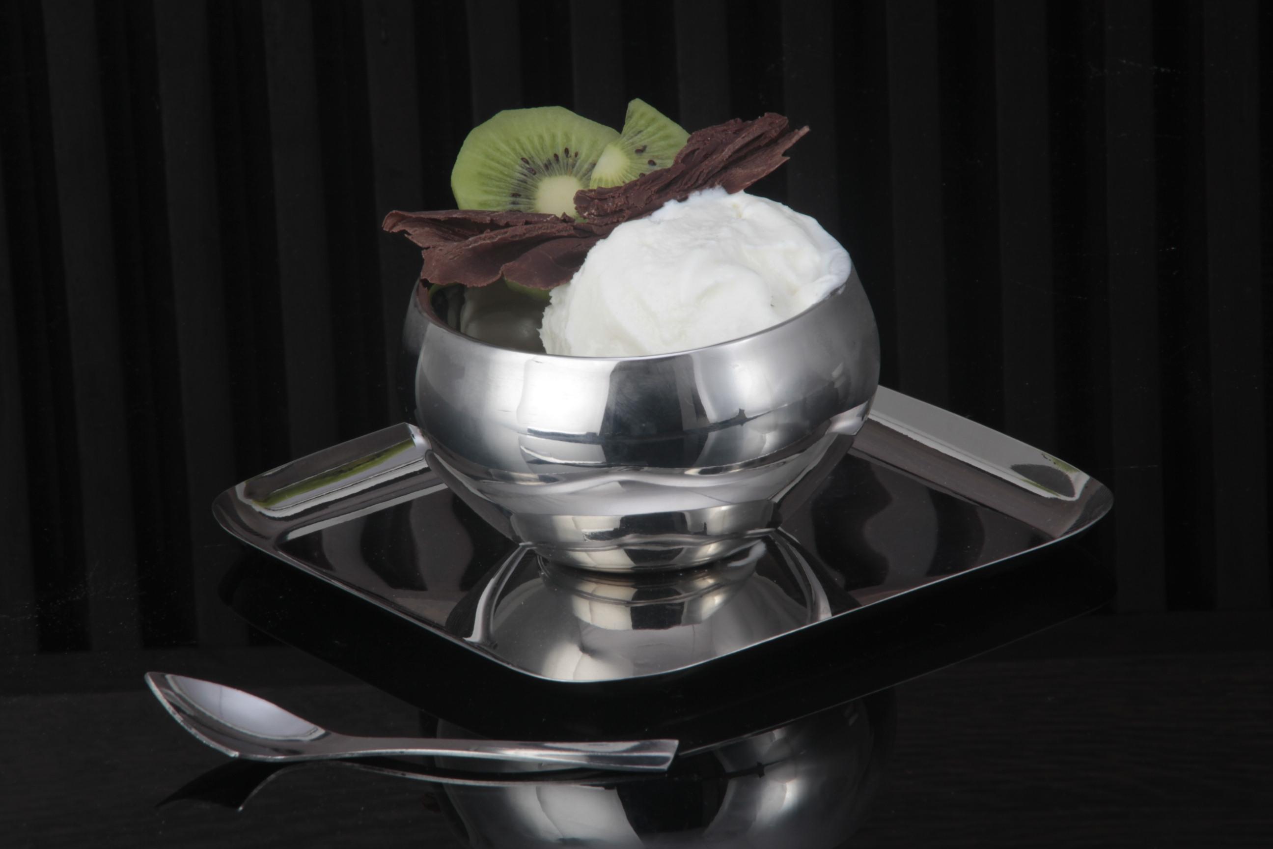 Round design dessert set