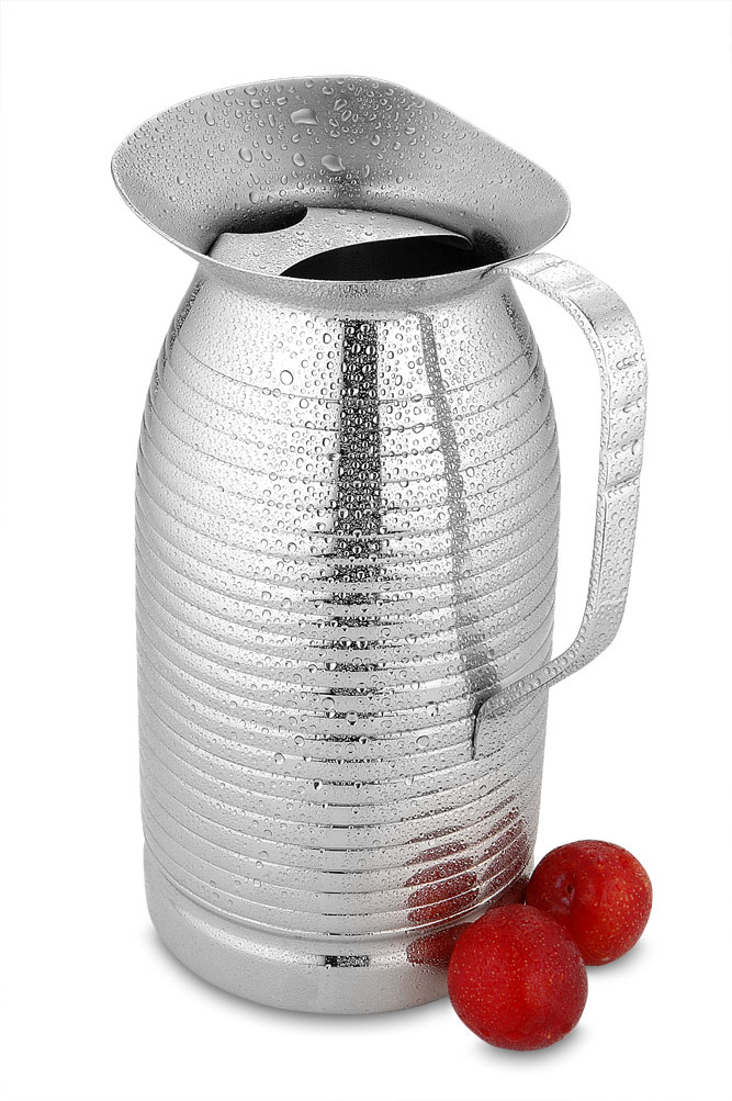Water pitcher Elegant with fine lines
